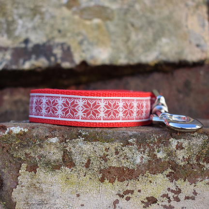 Handmade Christmas Jumper Dog Lead Red (Snowflakes)