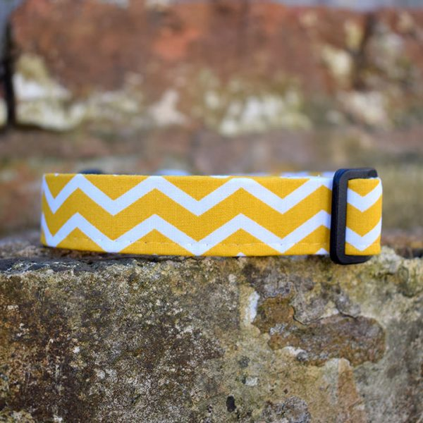 Yellow Chevron Dog Collar, handmade, dog accessories, ZIg Zag, Stripey, Yellow Chevron, dog collar
